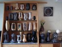 Kamniti in kovinjski dodatki